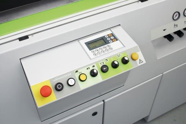 DSG200-3